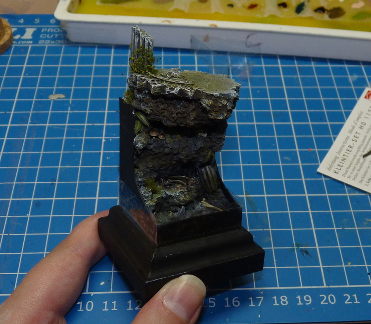 Painted base